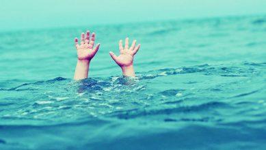Kỹ năng thoát hiểm khi đuối nước cho trẻ không biết bơi