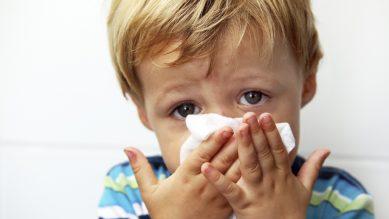 Chăm sóc trẻ mùa lạnh – Phòng chống các bệnh viêm nhiễm đường hô hấp