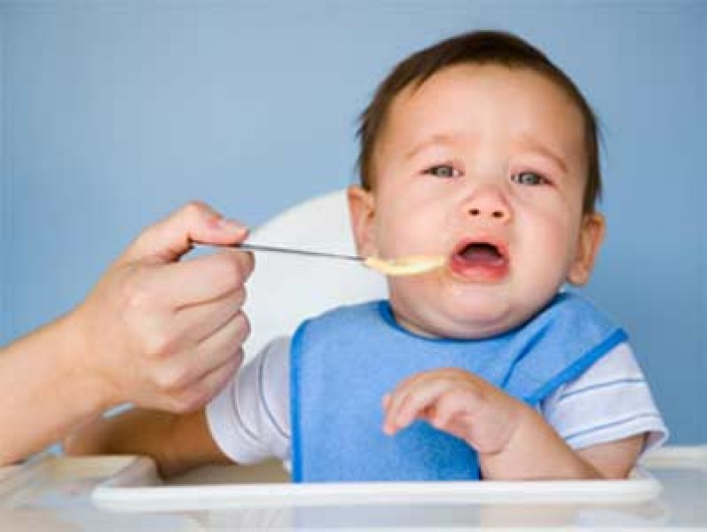 Chứng rối loạn tiêu hóa của trẻ khiến trẻ kém ăn
