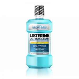 trị chấy bằng nước súc miệng Listerine rất hiệu quả