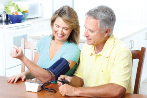 Chăm sóc sức khỏe phụ nữ ở tuổi trung niên